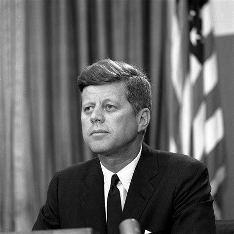 wonderful photos of president john f kennedy with his st 309 4 63 president john f kennedy delivers address
