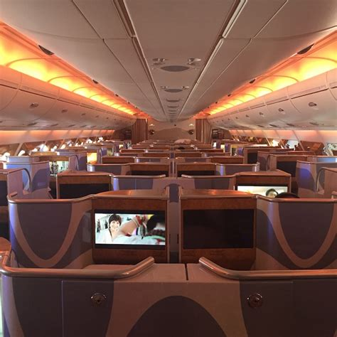 review emirates a380 class dubai to manchester