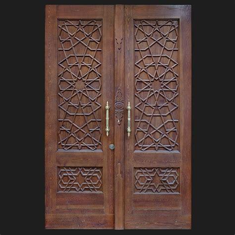 Door Photo 015 Old Historic Wooden Front Door Square Front Door Texture