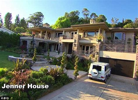 kardashian houses keeping up with the kardashians home on market for 9m