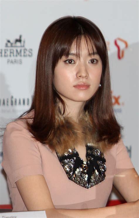 film han gan in han hyo joo movies www pixshark com images galleries
