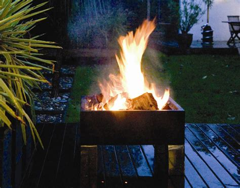 cool backyard fire pits cool outdoor fire pit ideas for the 2014 winter season