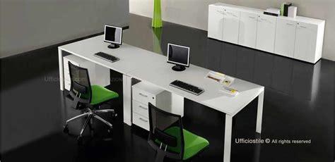 due ufficio mobili per ufficio due scrivanie con cassettiere e