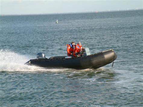 zodiac boat safety zodiac milpro mk iv v vi heavy duty hd de wolf