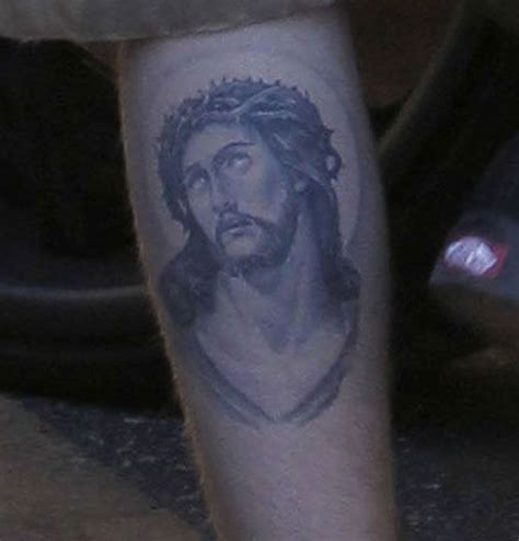 jesus tattoo justin bieber top 7 justin bieber tattoo meanings photos celebrity
