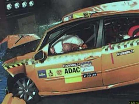 Motorradhelm Test 2014 Adac by Motorrad Crash Test Beim Adac Doovi