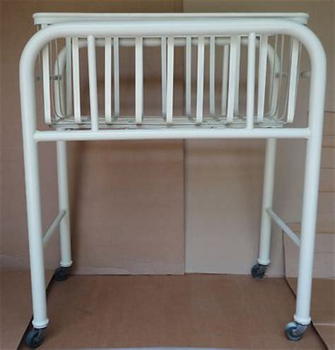 Cribs Beds Baby Cribs And Hospitals On Pinterest Hospital Baby Crib