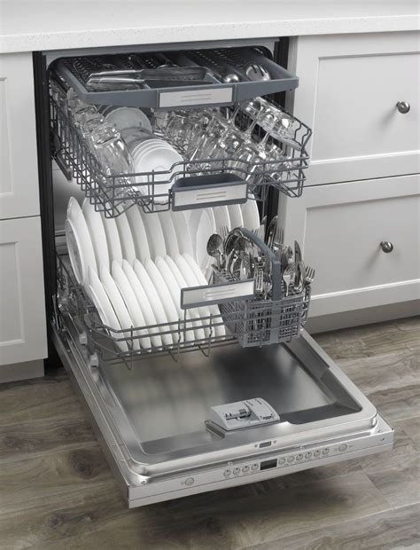 "JDB9600CWP   Jenn Air 24"" TriFecta Wash Dishwasher"