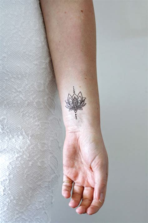 infinity tattoo znaczenie overige kleine lotus tijdelijke tattoo een uniek