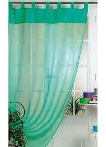 rideau de couleur turquoise photo