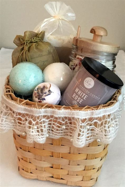 bathroom gift ideas 25 unique spa gift baskets ideas on gift