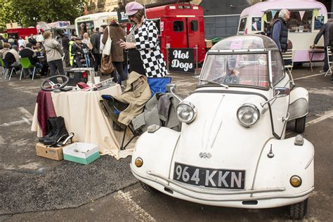 car boat media s a s putting the trunk to use london s classic car boot sale