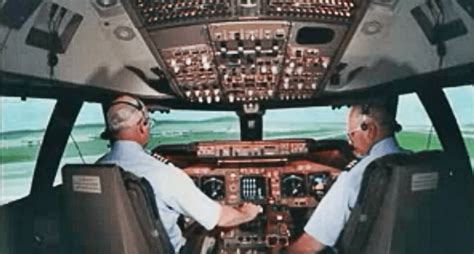 Arming Airline Pilots Essay by All Airline Pilots Should Give Flight Announcements Like This