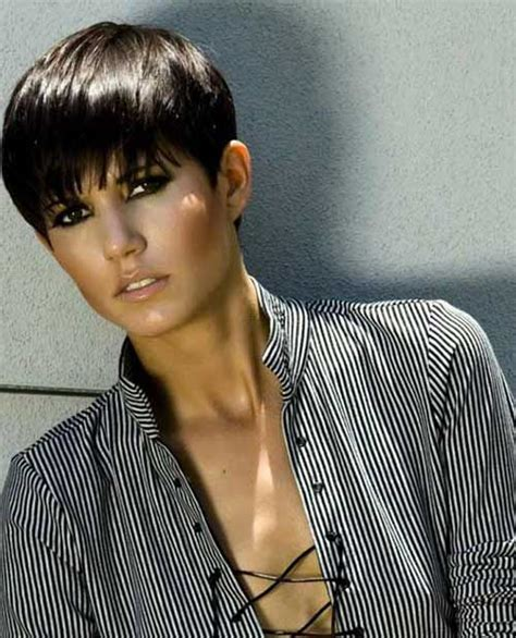 extra short haircuts for straight hair short hairstyles on pinterest pixie haircuts pixie cuts