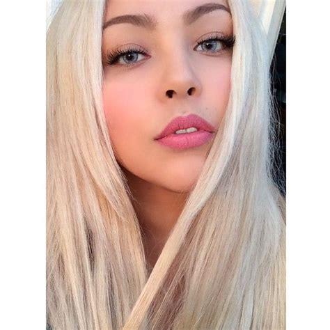 blonde hair purple lipstick 17 best images about mixirobles on pinterest beige