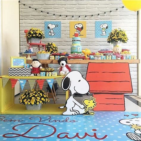 Snoopy Birthday Decorations by Best 25 Snoopy Birthday Ideas On Snoopy