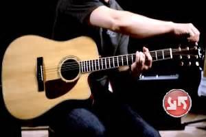 tutorial main gitar pemula cara menyetem gitar dengan pitchperfect guitar tuner