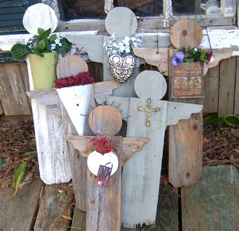 Garden Angels Made Of Fence Pickets And Featuring Metal Walled Garden Comcast