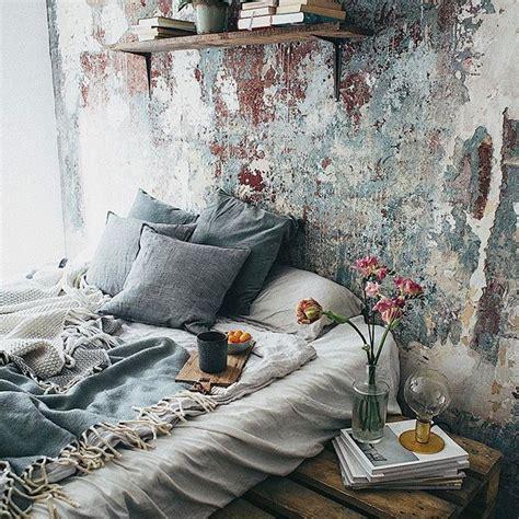 Boho Bedrooms Interiors Bedding by Best 25 Mattress On Floor Ideas On Floor