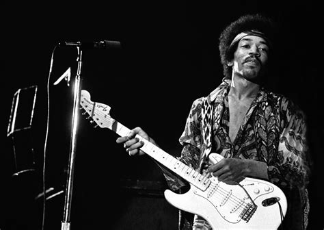 jimi hendrix wallpaper black and white musiclipse a website about the best music of the moment
