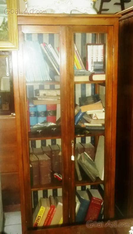 libreria antica usata libreria antica vetrina libreria castagno vetrina cerca