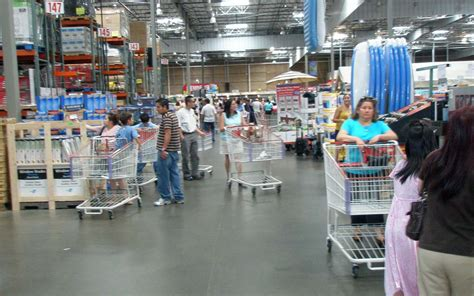 20 Secrets To Shopping At Costco