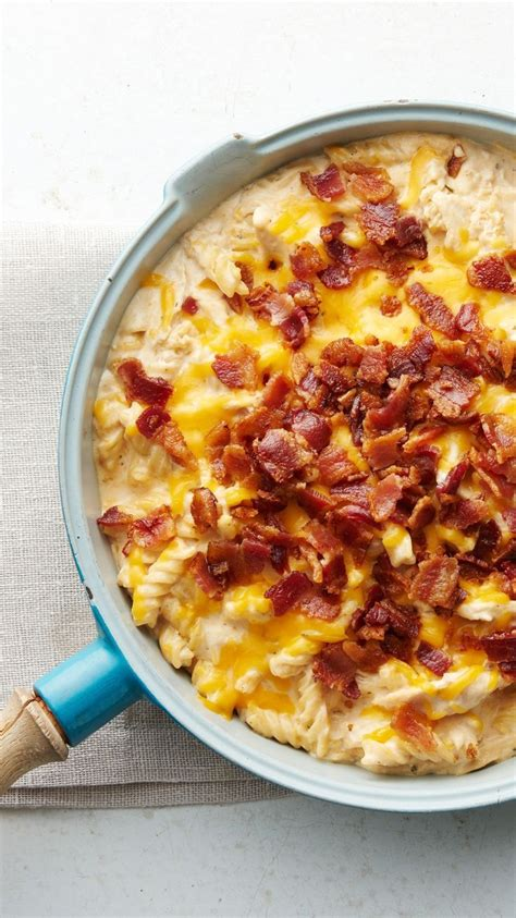 table bacon pizza best 25 chicken bacon ranch pizza ideas on