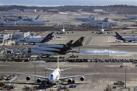 anchorage sees a 7 4 rise in 2017 cargo volumes ǀ air cargo news