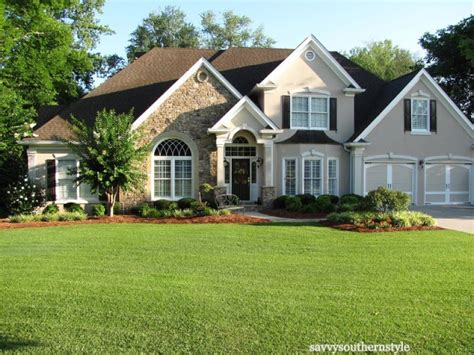southern style homes charming home tour savvy southern style town country