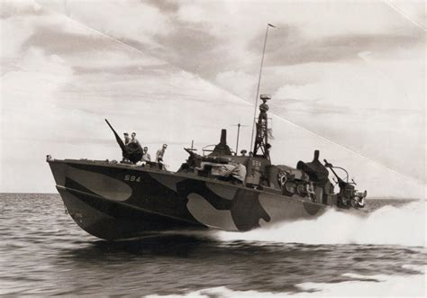 pt boat paint schemes pts in camouflage ready for invasion pt boat red