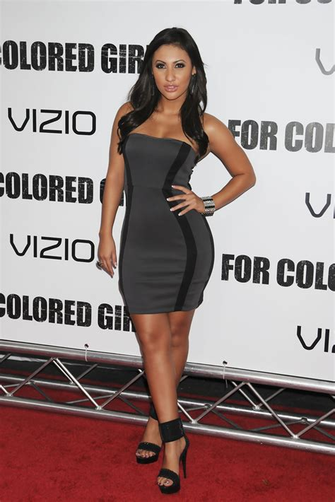 Raisa 4 0 By Azmeela francia raisa in attend the for colored