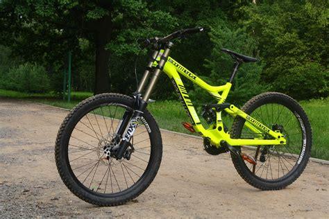 commencal supreme dh frame commencal supreme dh v3 2013 denis smirnov 5832 s bike
