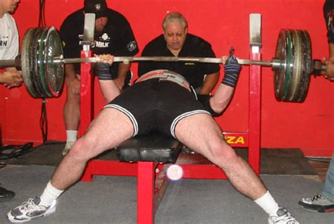 natural bench press does training in a bench shirt make your raw bench weaker