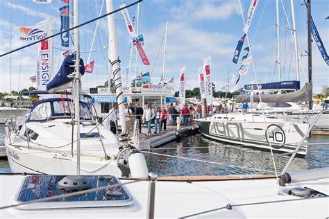 boat brokers sanctuary cove 24th sanctuary cove international boat show yacht