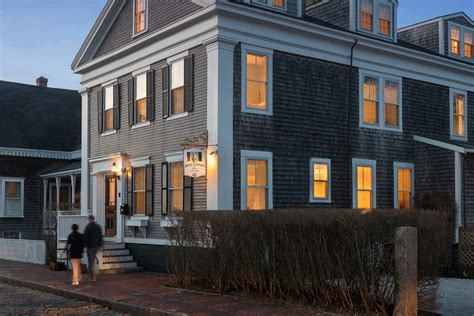 nantucket bed and nantucket bed and breakfast walk to the downtown
