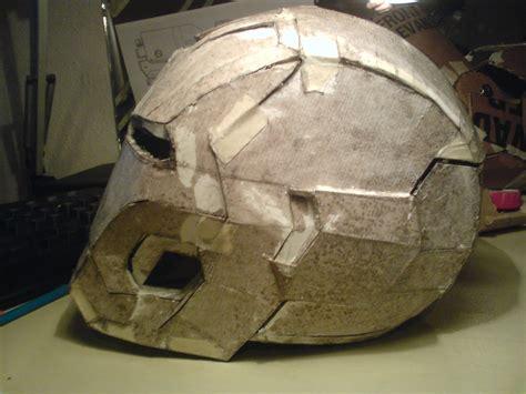 Iron Papercraft Helmet - 42 helmet paper crafts