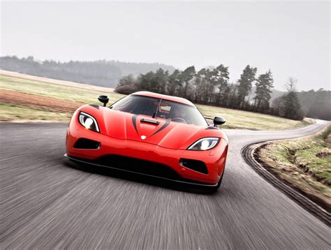 How Fast Is The Koenigsegg Agera R Koenigsegg Agera R Quicker Than Lightning Drive Safe