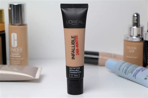 L Oreal Infallible Pro Matte Foundation Review l oreal infallible 24h matte foundation review a model