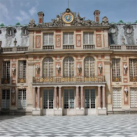 versailles 07 marble court