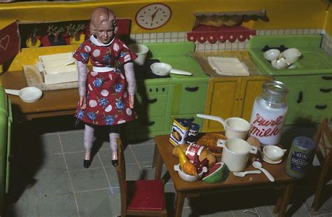 laurie simmons doll house laurie simmons art i love pinterest