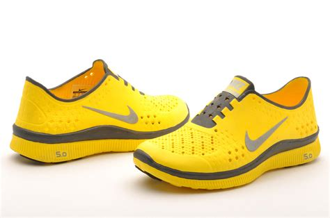 nike free run 5 grey and yellow