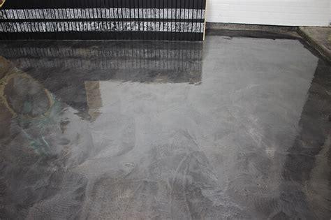 Rock Solid Floor Paint by Garage Floor Coating With Rust Oleum Rocksolid
