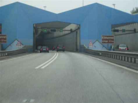 imagenes de web tunnel neuer elbtunnel foto im hamburg web