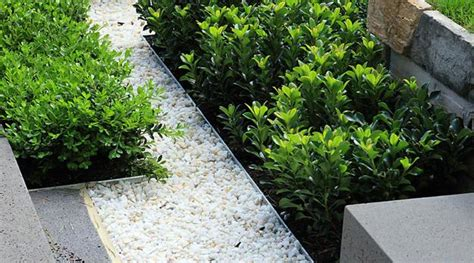Metal Garden Edging Ideas Metal Edging Offering Modern Solutions For Low Maintenance Yard Landscaping