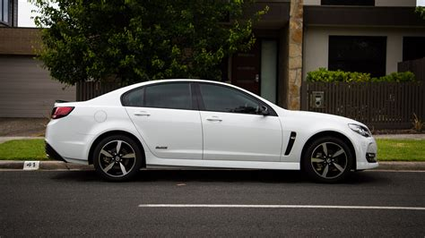 holden sv6 2016 holden commodore sv6 black edition review caradvice