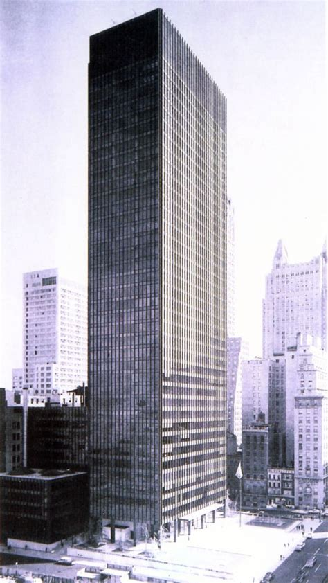ludwig mies van der rohe the seagram building new york seagram building new york city mies van der rohe philip