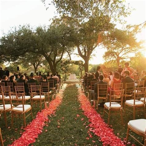 Wedding Aisle Flower Petals by Ombre Petal Aisle Aisle Design