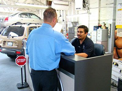 Auto Service Advisor by Glendale Hyundai Review Your Hyundai Service Maintenance Is Important Splash Magazines