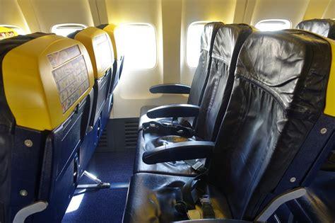 ryanair cabin low cost carrier comparison ryanair vs easyjet