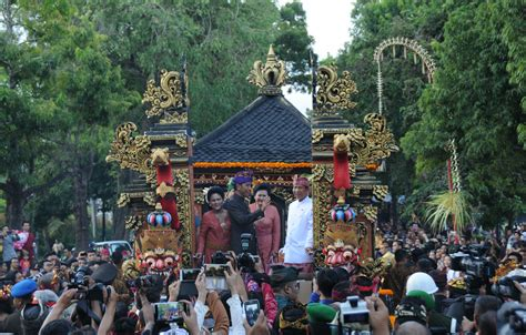 festival painting di bali bali arts festival to move balinese economy president